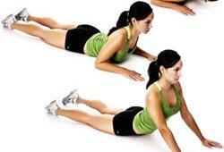 легкое растягивание мышц спины
