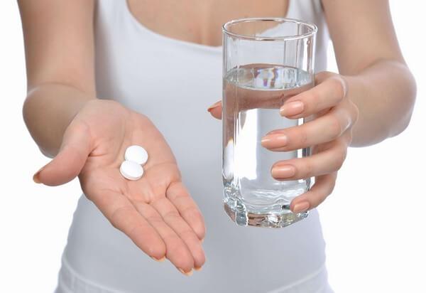 употребление лекарства с водой