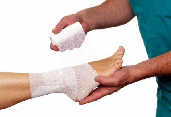 перебинтовка связок на ноге